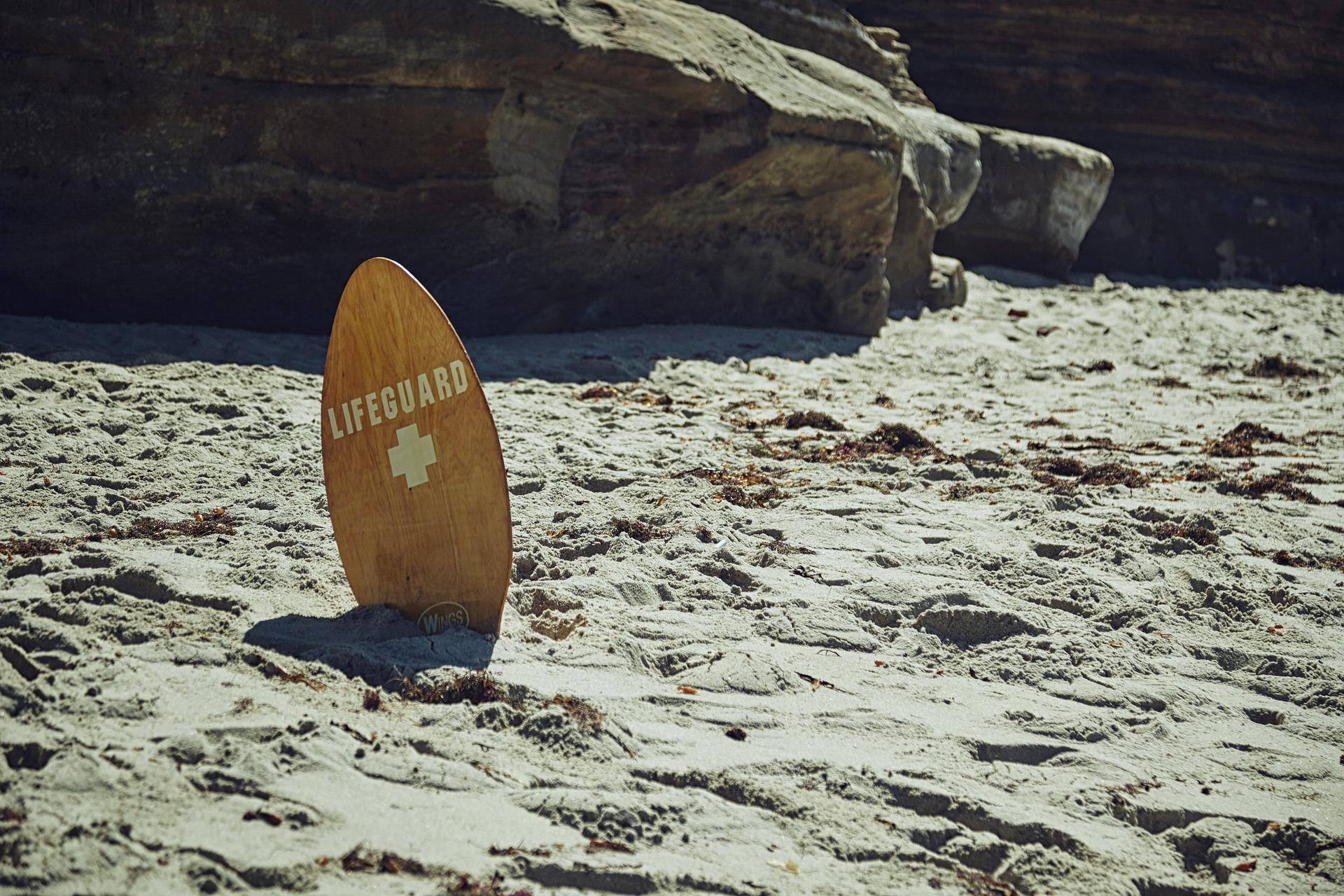 beach-1031523_1920